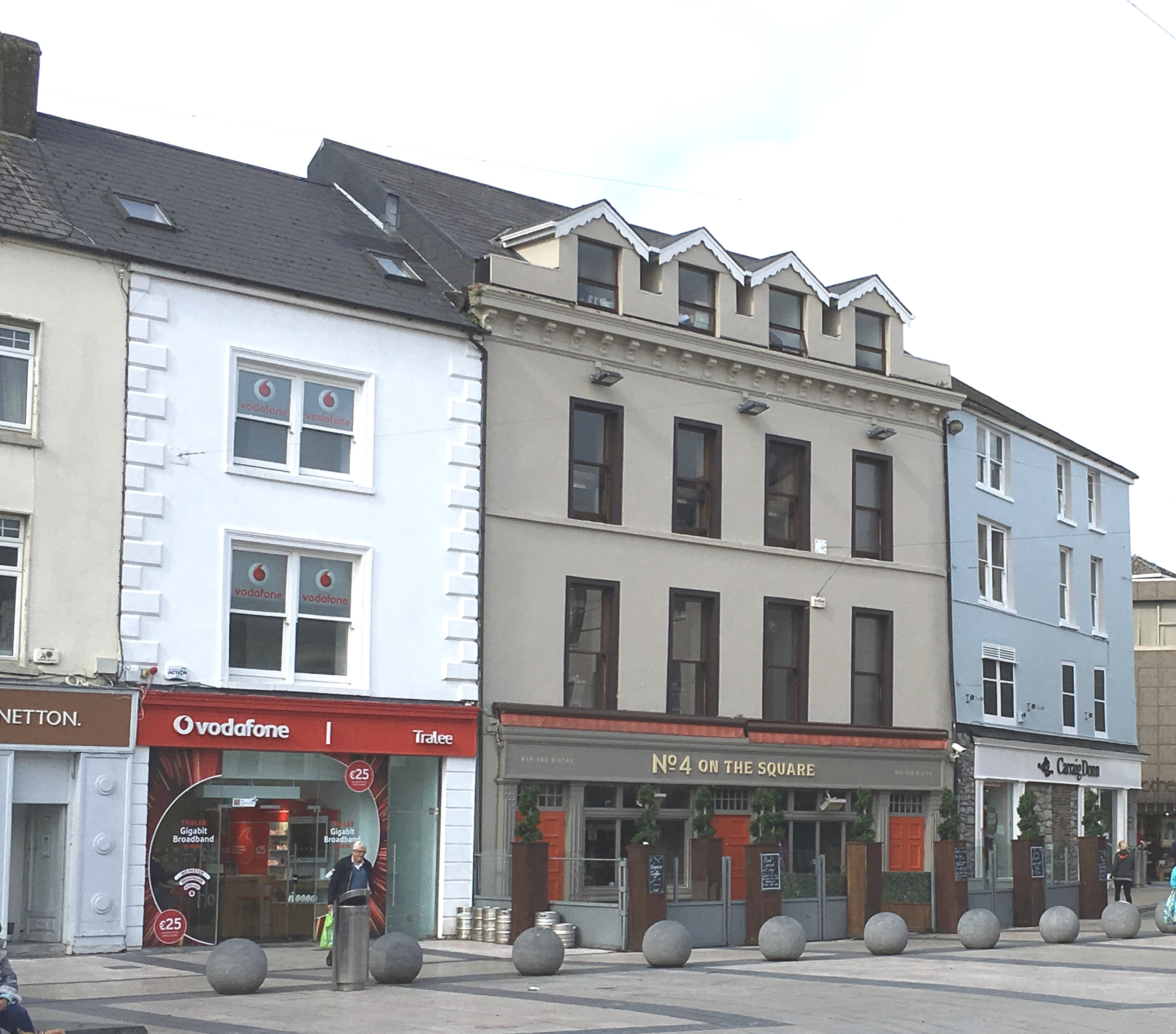 4 The Square, Tralee, Co Kerry.