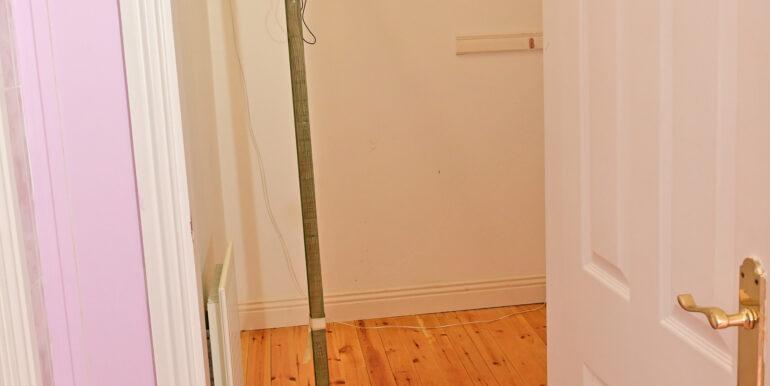 43  Closet Space off Bedroom and Unsuite F -Floor 0216