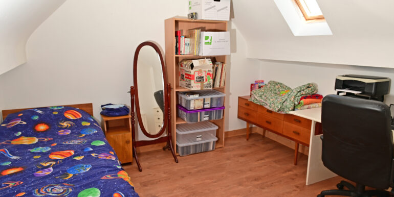 45 F-Floor -Office -spare Room 1a 0221